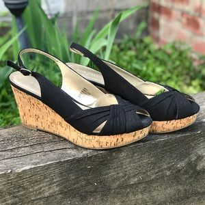 NINE WEST Size 9 Black Canvas Cork Wedges